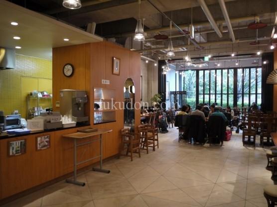ちょっと疲れたので、境内にある喫茶店「梵天」にてお茶。